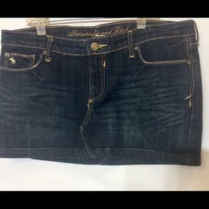 Women's A&F Denim Skirt Size 4